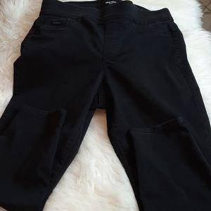 Nine West Black PullOn Skinny Jean's 14 /32 ×36